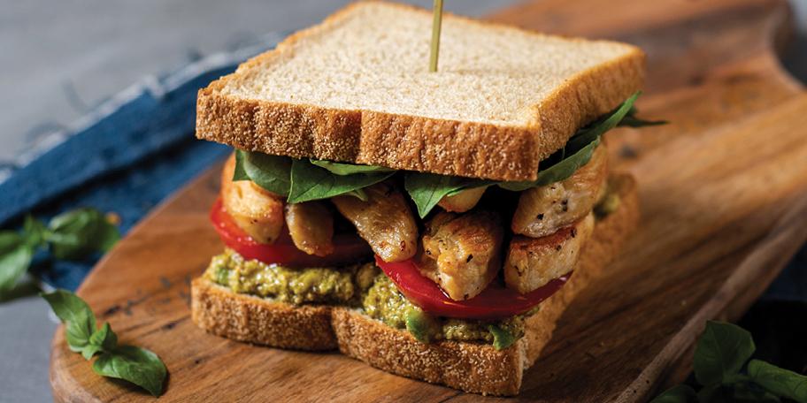 Μεσογειακό Sandwich Υψηλής Πρωτεΐνης με Κοτόπουλο